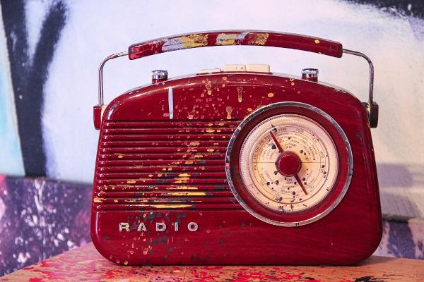 artikel/2021 06 24 hallo radio.jpg