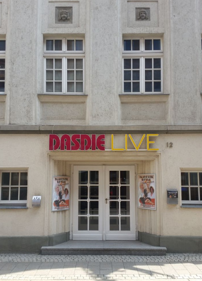 artikel/DasDie Live Eingang.jpeg
