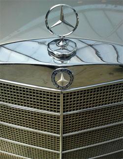 artikel/Mercedes benz_gr.jpg